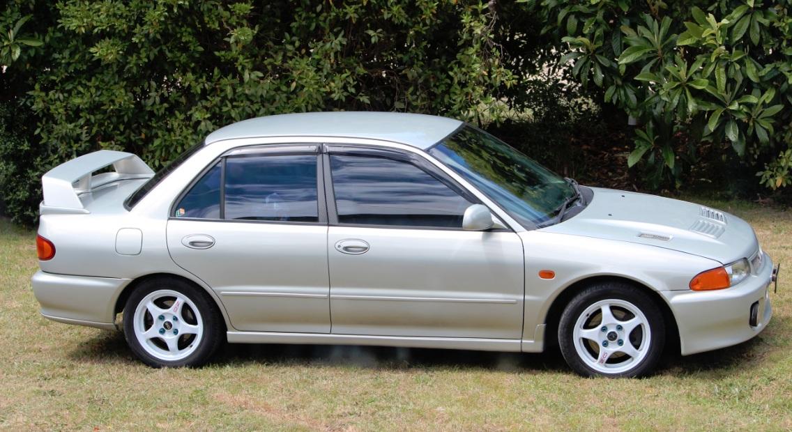 Mitsubishi Lancer 1994 Tuning - Fotos de coches - Zcoches